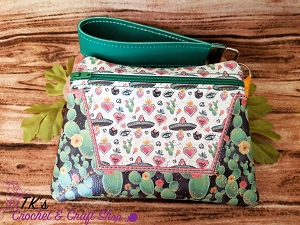 Passion Frida Cactus Medium Retro Vinyl Clutch Bag