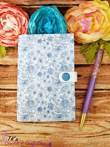 Blue and White Floral Mini Composition Holder
