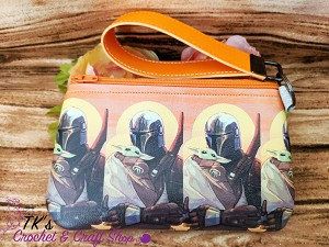 The Mandalorian Medium Vinyl Clutch Bag